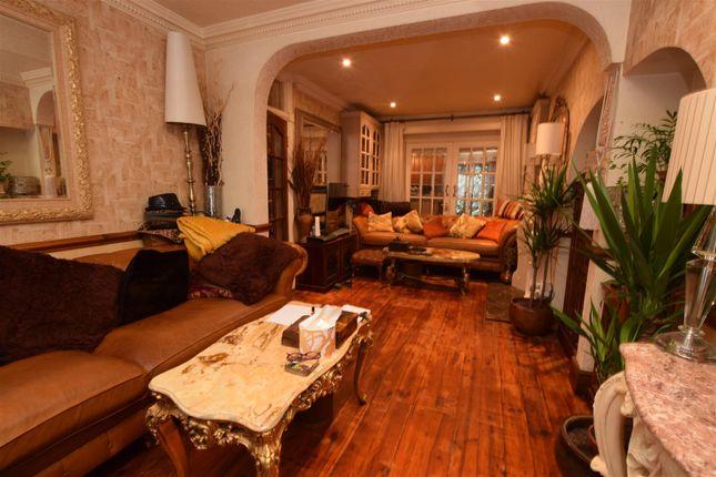Lounge 2 of Gresham Drive, Chadwell Heath, Romford RM6