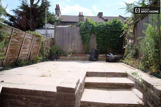 Garden of High Street, London E13
