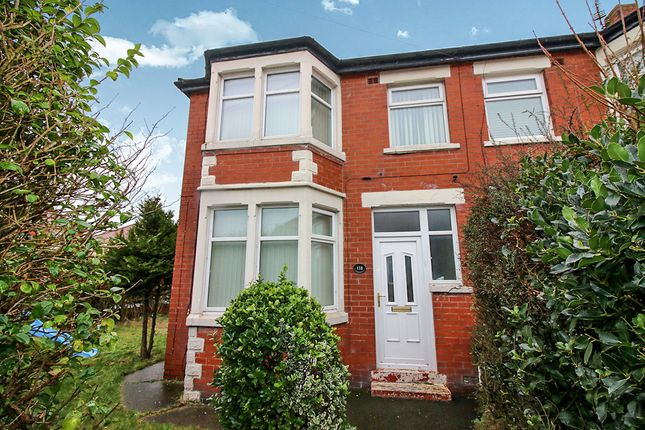 3 bed property to rent in Lindale Gardens, Blackpool