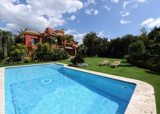 Detached house for sale in Arrabal Rocio Sur, 2, 29602 Marbella, Málaga, Spain
