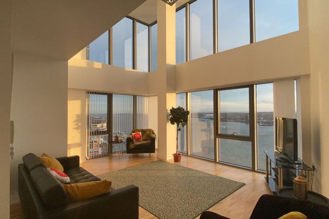 Thumbnail Duplex to rent in Alexandra Tower, Princes Parade, Liverpool