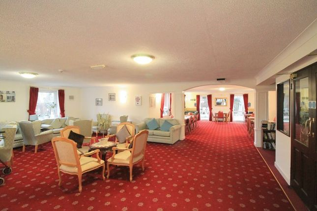 Residents Lounge of Beehive Lane, Ilford IG4