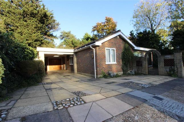 Thumbnail Detached bungalow for sale in Maplin Close, Winchmore Hill, London
