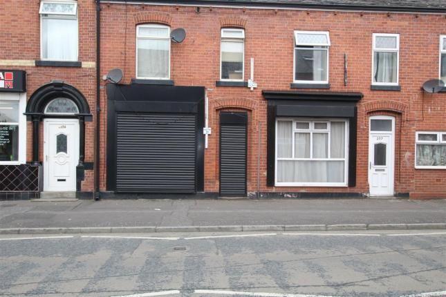 Thumbnail Flat to rent in Entwistle Road, Rochdale