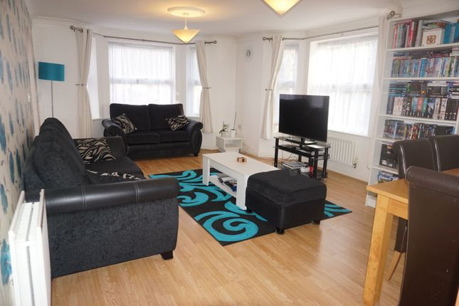 Lounge of Lucas Close, Crawley RH10