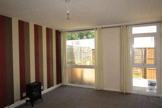 Thumbnail Terraced house to rent in Magennis Close, Gosport