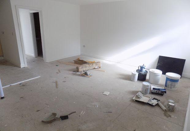 Thumbnail Flat to rent in Vicarage Road, Stourbridge