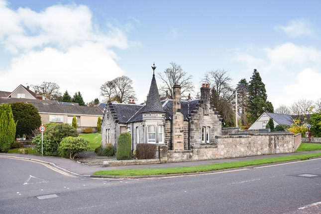Thumbnail Detached house for sale in Stirling Road, Alloa, Clackmannanshire