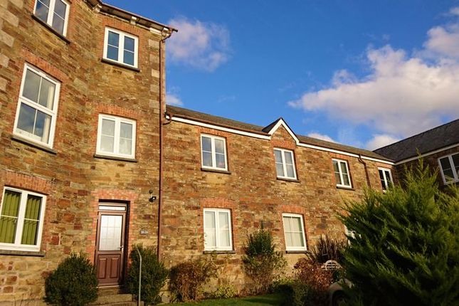 Thumbnail Flat to rent in Castle Hill Court, Cross Lane, Bodmin
