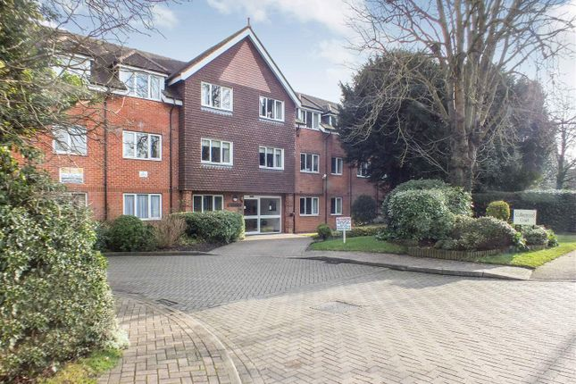 Thumbnail Flat for sale in Collingwood Court, Royston