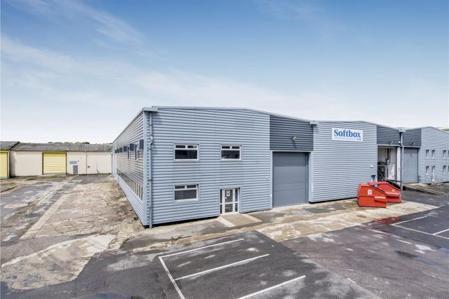 Thumbnail Warehouse to let in 7 Hikers Way, Crendon Industrial Estate, Long Crendon, Buckinghamshire