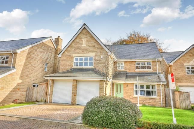 5 bed detached house for sale in Marchcroft, Halifax, West Yorkshire