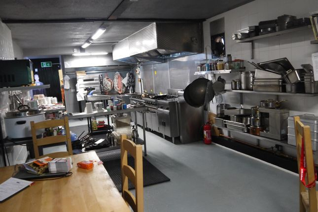 Thumbnail Leisure/hospitality for sale in Hot Food Take Away DN4, South Yorkshire