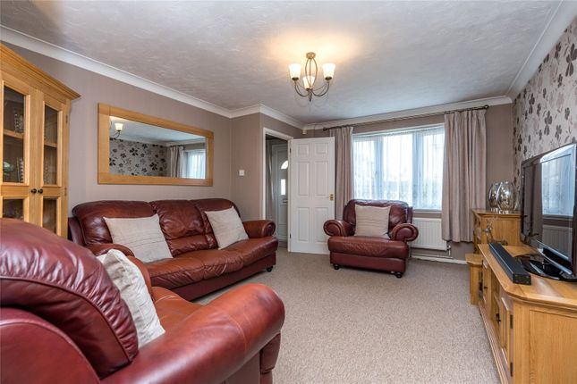 Lounge of Finglesham Court, Maidstone, Kent ME15