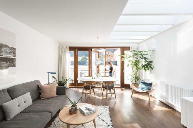 3 bed semi-detached house for sale in Mount Pleasant Villas, London