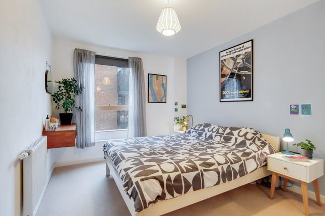 Picture No. 12 of Mylne Apartments, 93 Barretts Grove, London N16