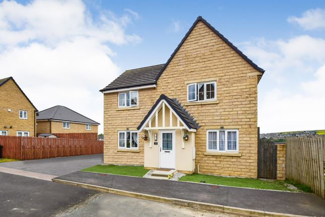 Thumbnail Detached house for sale in The Knoll, Keighley, West Yorkshire