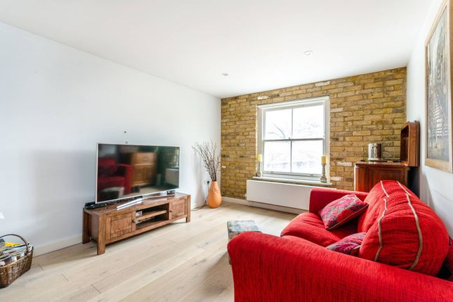 Thumbnail Flat for sale in Bermondsey Street, London Bridge