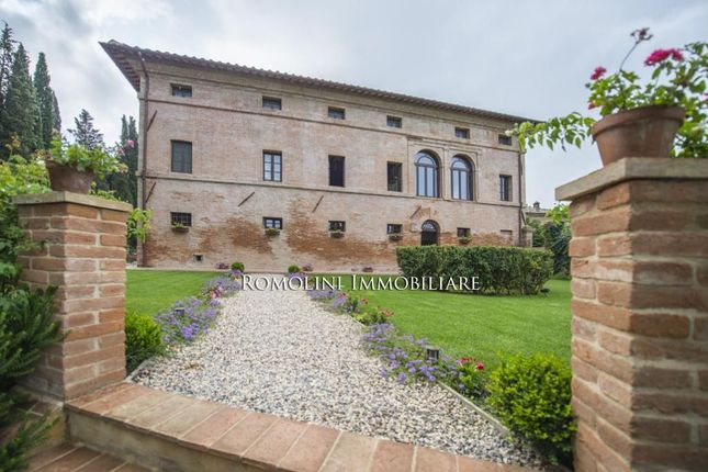 Luxury Villa For Sale In Tuscany, Italy