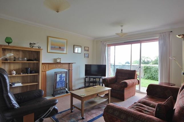 Lounge of Quarry Court, Telegraph Road, Heswall, Wirral CH60
