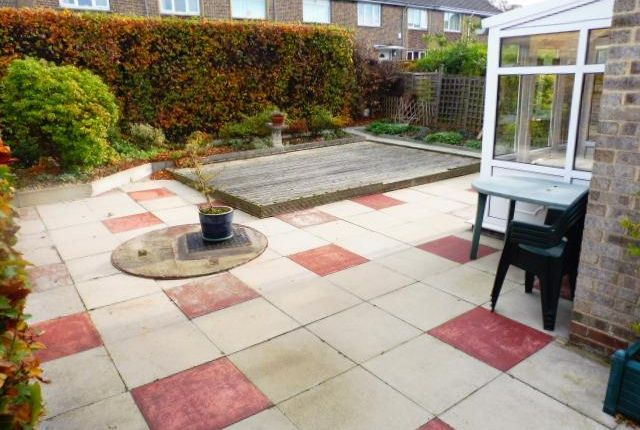 Thumbnail Town house to rent in Stubbing Way, Shipley