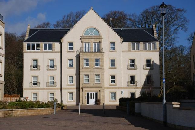 Thumbnail Flat to rent in Harbour Square, Inverkip, Greenock