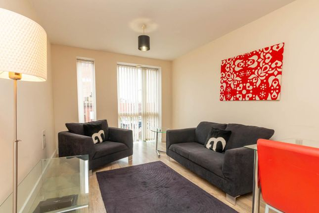 Thumbnail Flat to rent in I-Land, 41 Essex Street