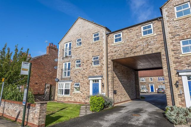 Thumbnail Flat for sale in Bowman Court, Pocklington, York