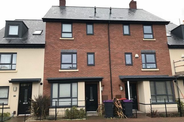 Thumbnail Town house to rent in Wall Close, Lawley, Telford