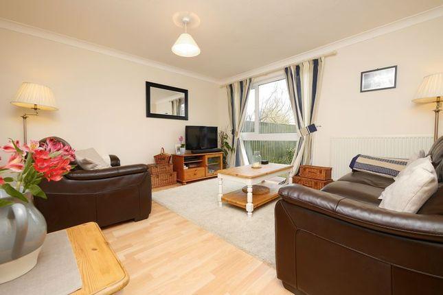 Thumbnail Terraced house for sale in Glyme Drive, Berinsfield, Wallingford