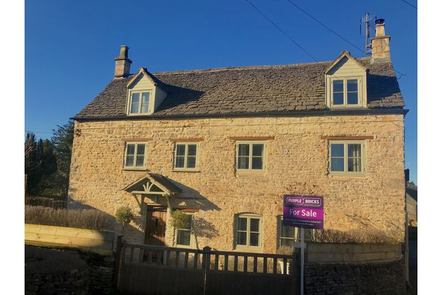 5 bed detached house for sale in Parsons Court, Minchinhampton