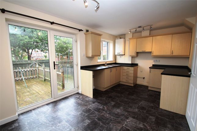 Thumbnail Town house to rent in King Edward Street, Hemsworth
