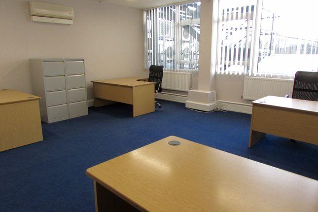 Thumbnail Retail premises to let in Suite S4, Bates Business Centre, Harold Wood