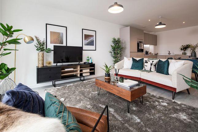 3 bed flat for sale in Pomeroy Street, London SE14