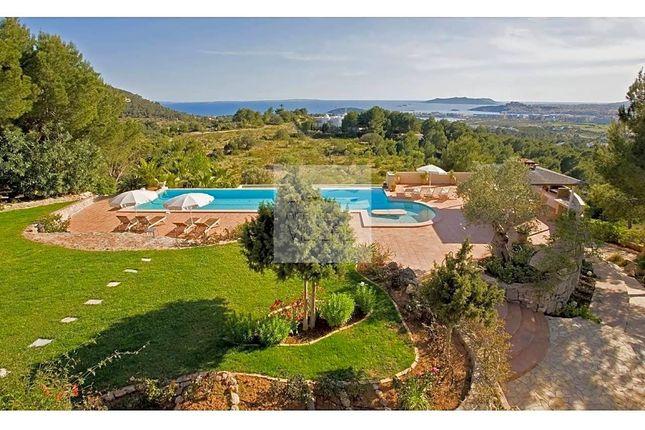 Thumbnail Villa for sale in Carrer Martinet 07819, Santa Eulària Des Riu, Islas Baleares
