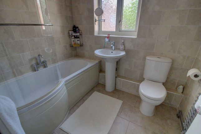 Re-Fitted Family Bathroom