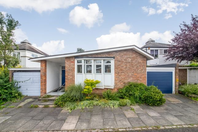 Thumbnail Bungalow for sale in Cokers Lane, Dulwich, London