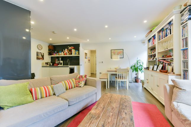 Thumbnail Flat for sale in Loxford Gardens, London