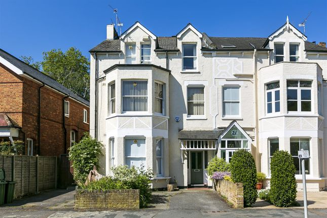 1 bed flat to rent in Glamorgan Road, Hampton Wick, Kingston Upon Thames KT1