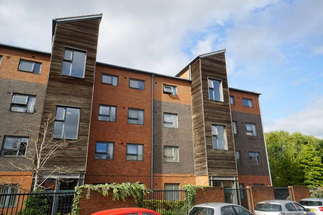 1 bed flat for sale in Flat 32, Penistone House Block C, Sheffield, South Yorkshire S3
