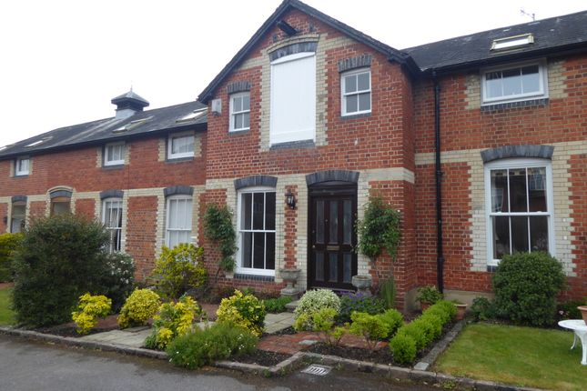 Thumbnail Mews house to rent in Friday Street, Henley On Thames