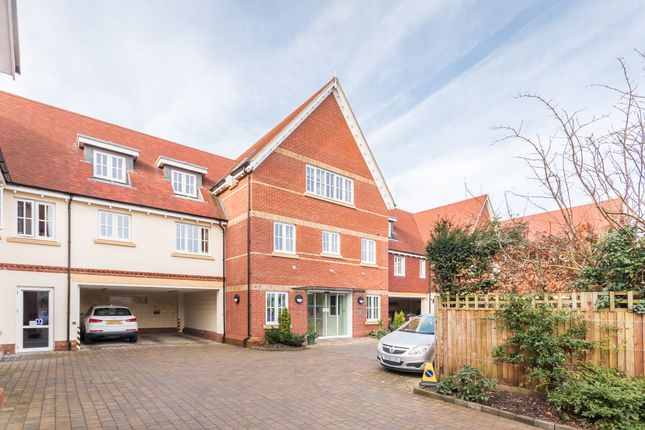 Thumbnail Flat for sale in Parsonage Barn Lane, Ringwood