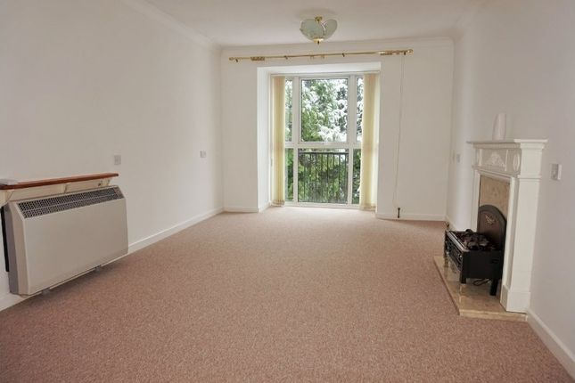 Thumbnail Flat for sale in London Road, Stoneygate