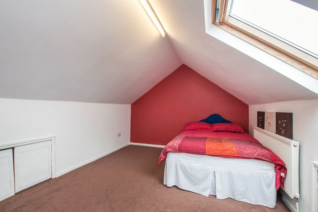 Maidenhead Rent Room