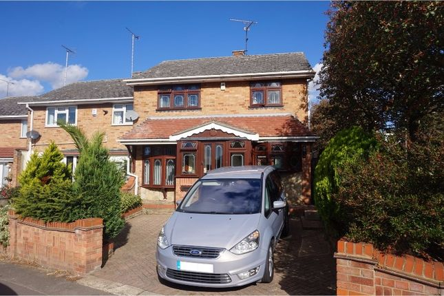Thumbnail End terrace house for sale in Methersgate, Basildon