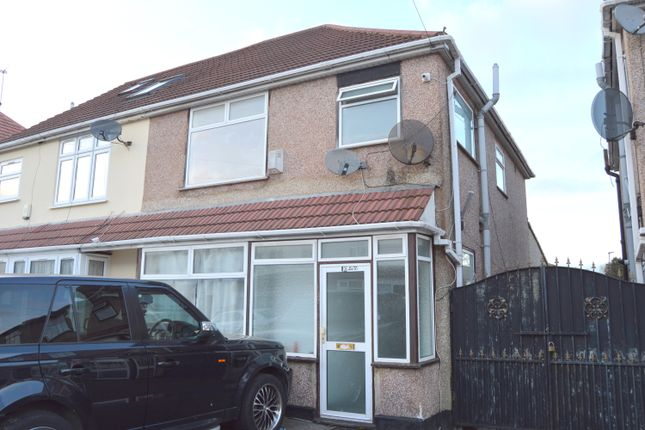Thumbnail Semi-detached house to rent in Heathdale Avenue, Hounslow