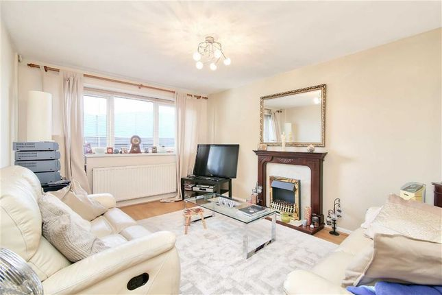 Thumbnail Town house for sale in Lascelles Close, Leytonstone, London