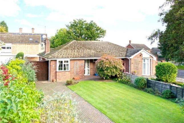 Thumbnail Bungalow for sale in Walton Road, Wavendon, Milton Keynes, Buckinghamshire