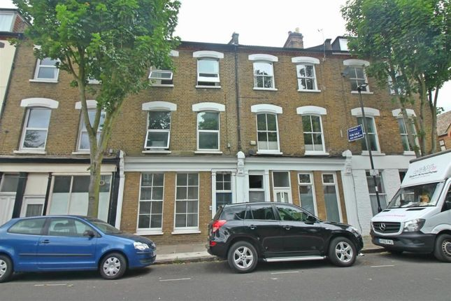 Thumbnail Flat for sale in Sussex Way, London