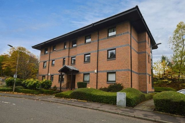 Thumbnail Flat for sale in Victoria Gardens, Paisley